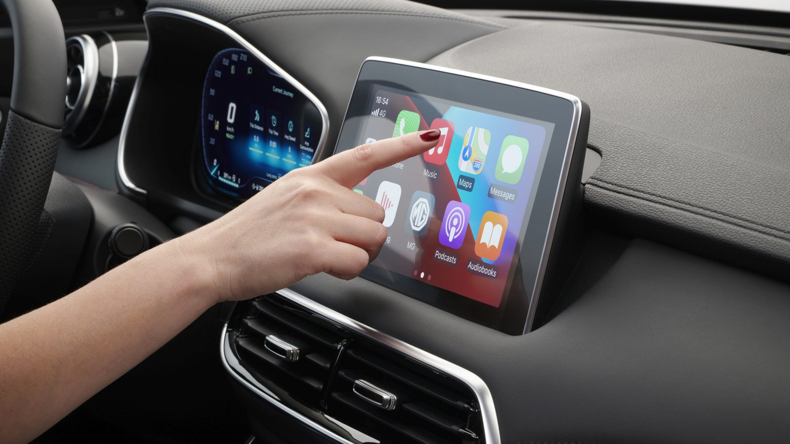 Apple CarPlay and Android Auto in your MG: how does it work and what are  the benefits?